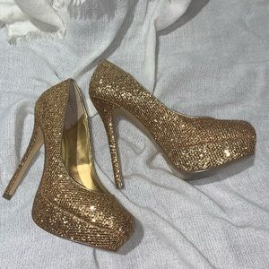 Shoes - GOLD Bakers shoes!